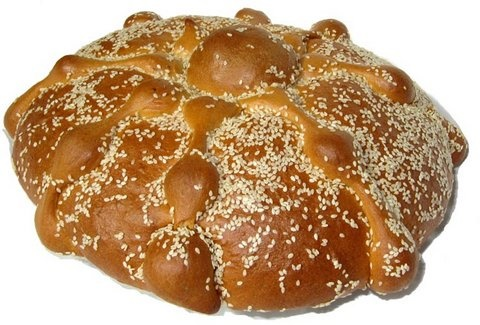 Picture of Pan de Muerto with Sesame Seeds - Ajonjoli Medium 16 oz&nbsp;- Item No.&nbsp;10069-s