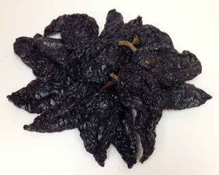 Picture of Dry Chile Pasilla Peppers - Item No. 77745-31066