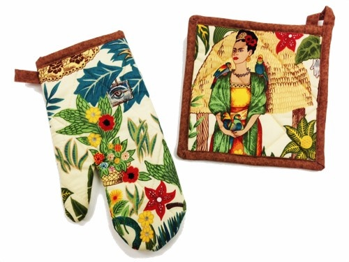 Picture of Frida Kahlo Light Pot Holder and Oven Mitt 2 pieces- Item No.mp-ph307-om307